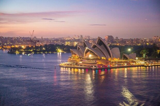 mollare tutto e trasferirsi in Australia