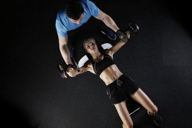 Come lavorare all'estero nel fitness: preparatore atletico, personal trainer e wellness coach