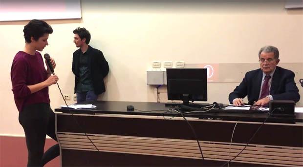 Generazione Erasmus: Il discorso della studentessa di Rethinking economics rivolto a Romano Prodi
