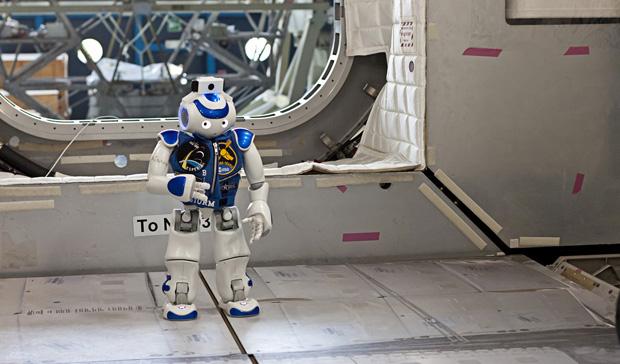Marcello Pecchioli Bluestorm robot